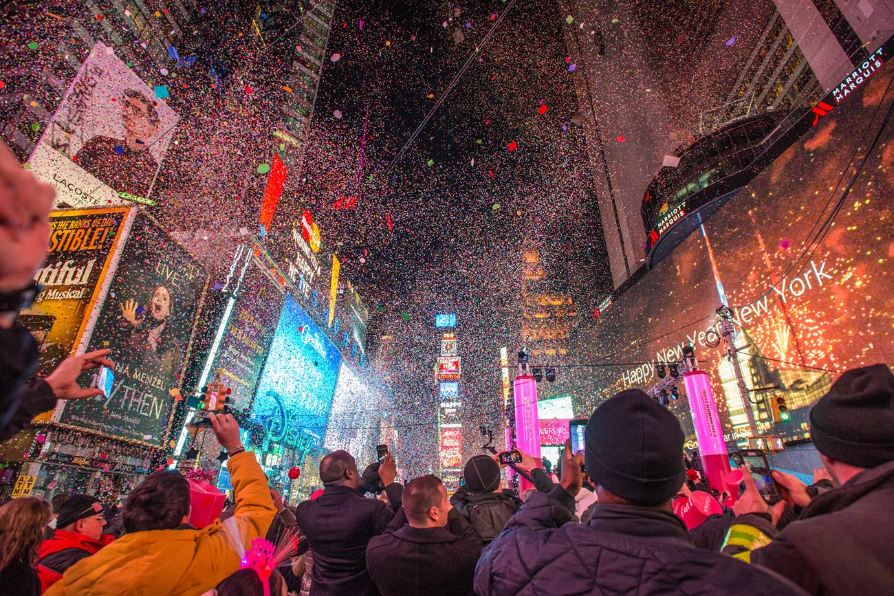 NYCgo Holiday Guide