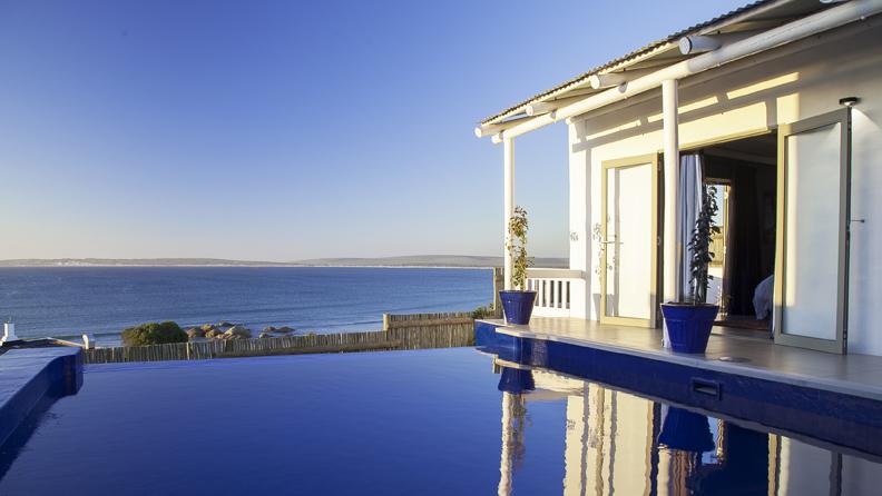 Abalone Pool Villa