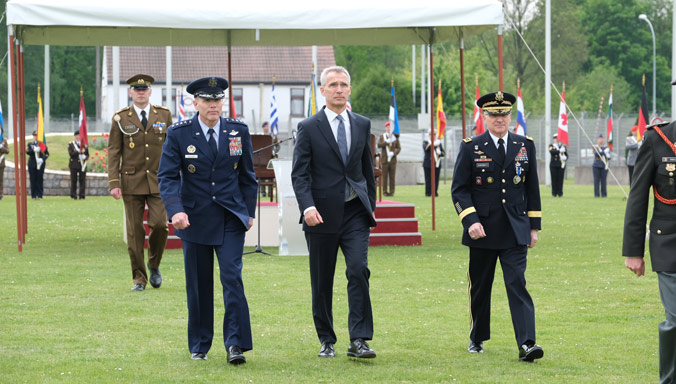 NATO Secretary General praises the Supreme Allied Commander Europe's long-standing contribution to Euro-Atlantic defence and security