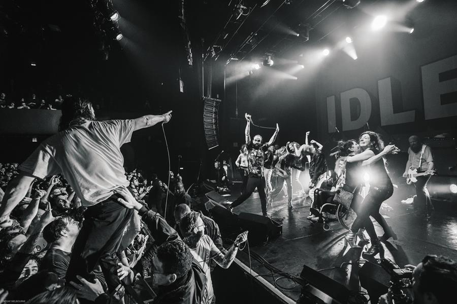 IDLES SHARE 'GREAT (LIVE AT LE BATACLAN)', The Non-Modern Man | Unfashionablemale